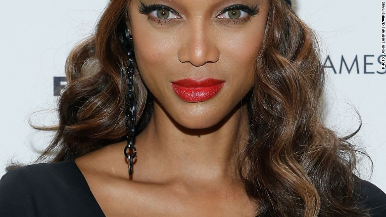 Tyra Banks Preaches Female Empowerment Oct 20 2015