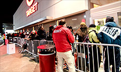 Thanksgiving eats into Black Friday sales
