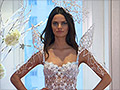 Victoria's Secret model wears 3-D printed wings