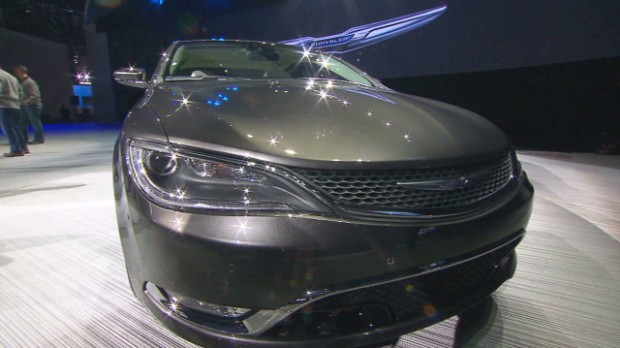 Chrysler introduces a more stylish 200