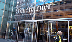 Murdoch's Fox made offer to buy Time Warner