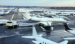Super Bowl creating traffic jam for private jets