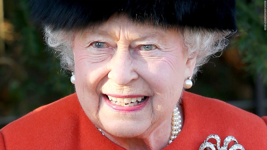queen elizabeth finances