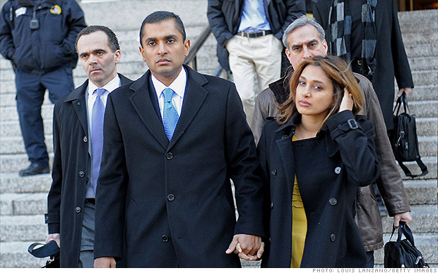 mathew martoma leaving court