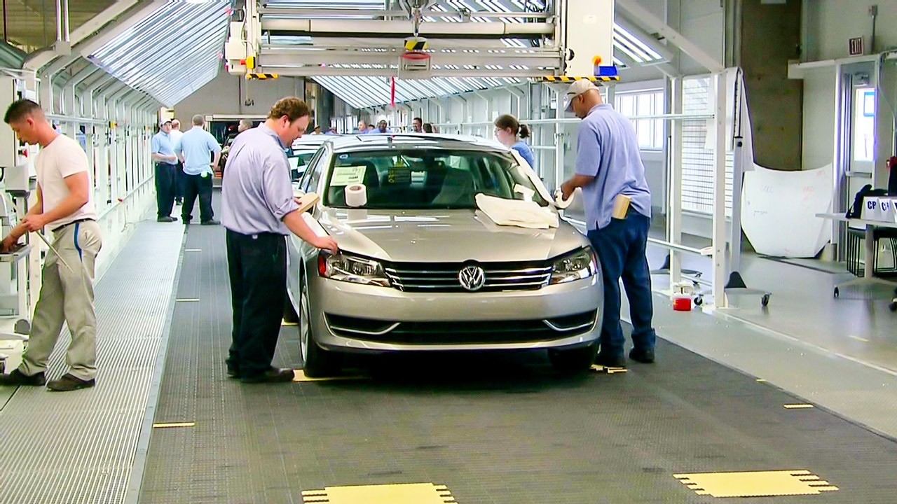 vws passat   tennessee video business news
