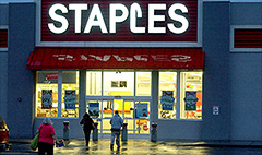 Staples to close 225 stores