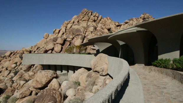 $3 million 'villain's lair' in the desert