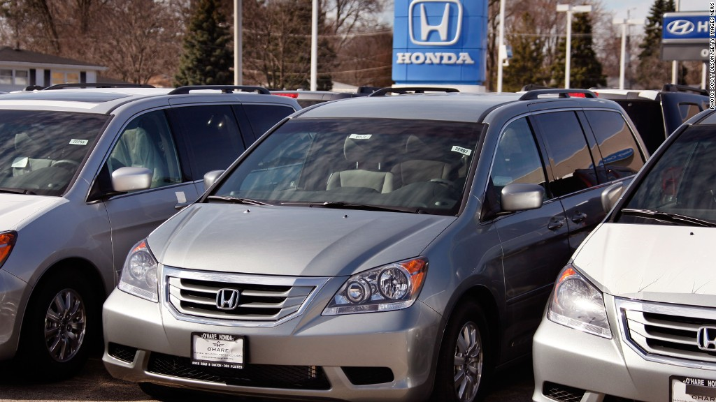 honda odyssey recall ties 900 000 minivans to fire risk. Black Bedroom Furniture Sets. Home Design Ideas