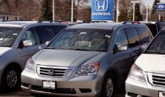 Honda recalls minivans for fire risk