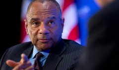 Is AmEx CEO on the hot seat?