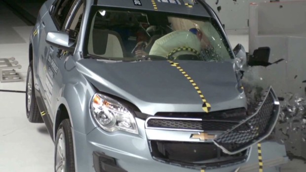 Watch GM SUVs pass crash test
