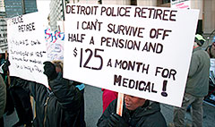 Detroit reaches deal with retired police and firefighters