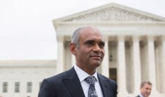 Supreme Court justices skeptical of Aereo, but wary of killing it