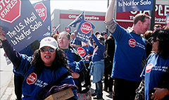 U.S. postal workers to protest at Staples