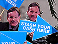 Investors slam Barclays over bonuses