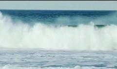 Billionaire buys beach, blocks surfers