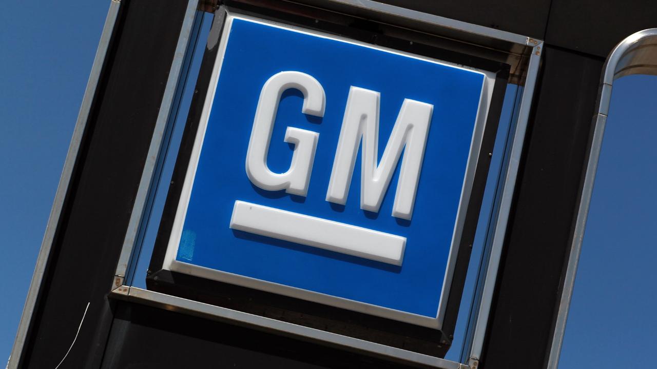 gm s recall nightmare won t end video business news rh money cnn com GM SUV Recall gm wiring rear tail lights plugs