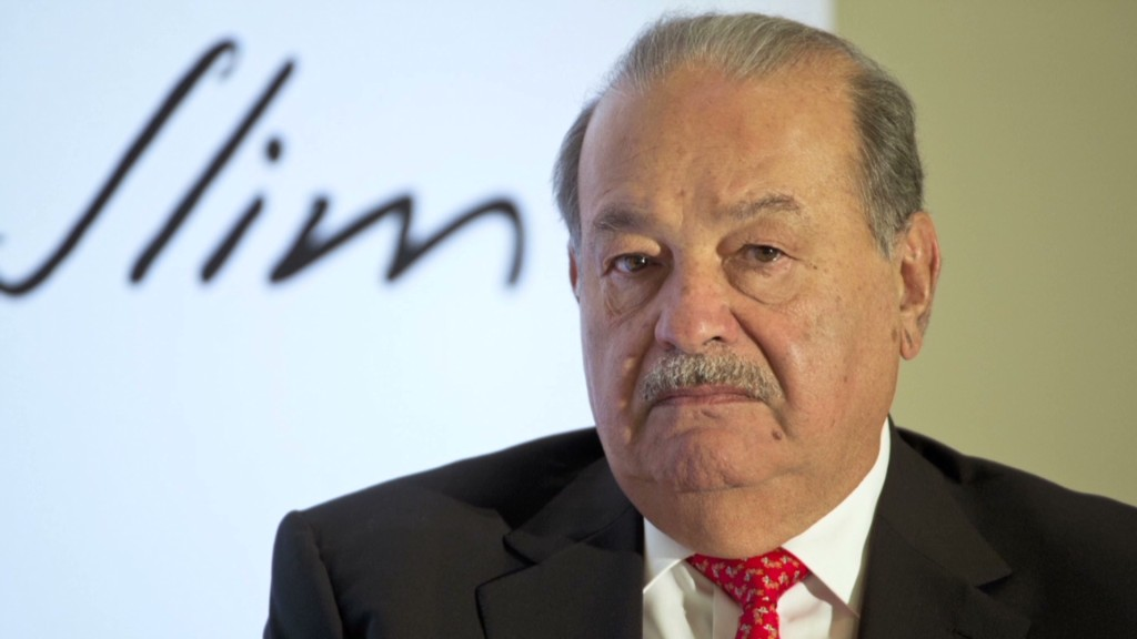 AT&T's new foe: Super rich Carlos Slim