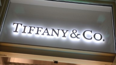 Trump security circus is hurting business at Tiffany