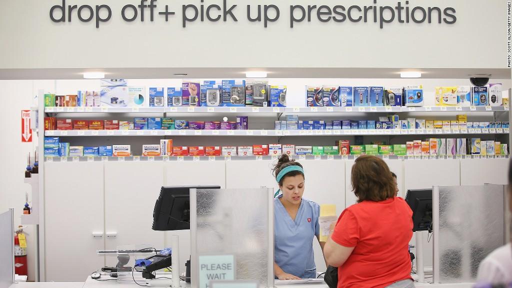 how pharmacies eliminated the gender wage gap