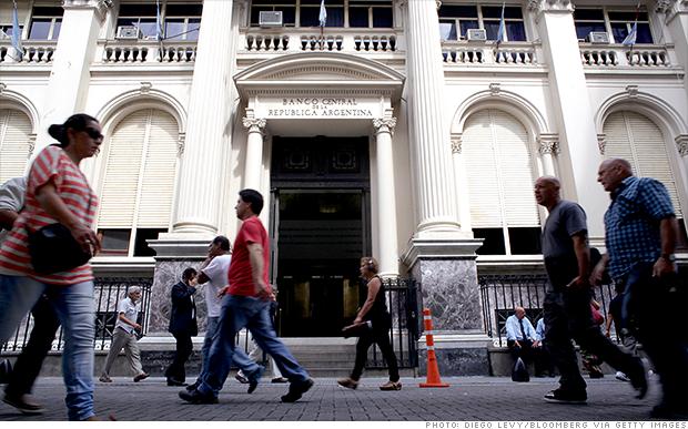 Argentina, al borde del incumplimiento de pagos