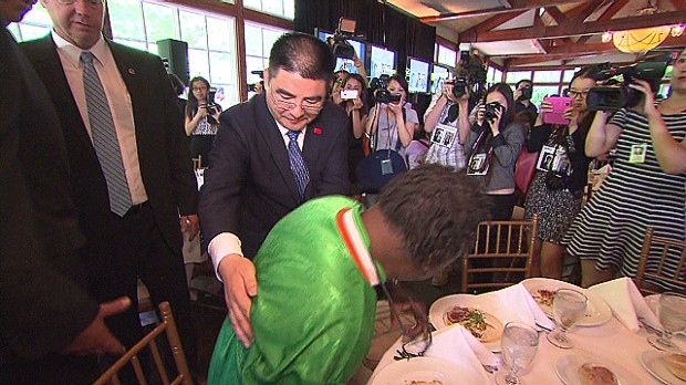 Millionaire hosts wacky homeless lunch