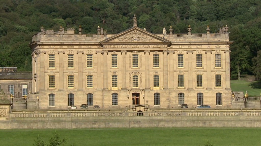 Vacation like a duchess at Chatsworth in England