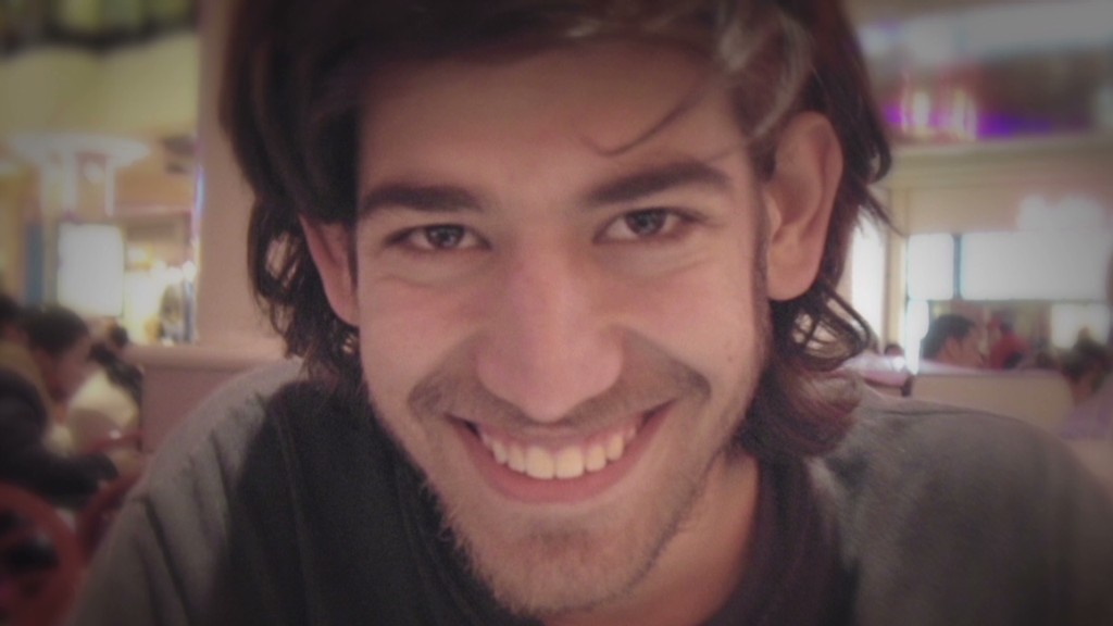 Aaron Swartz's dad: They broke him