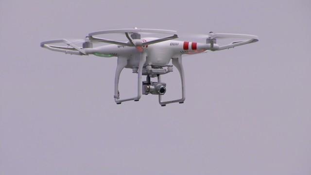 Los drones han estado a punto de chocar contra aviones, reportan pilotos