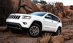 Chrysler recalls 895,000 SUVs for fire risk