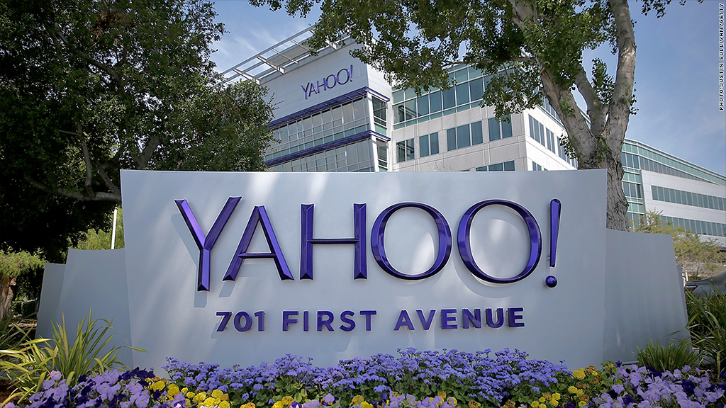 Financial analyst: It's time to cut up Yahoo!