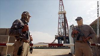 'iraq oil' from the web at 'http://i2.cdn.turner.com/money/dam/assets/140811092723-iraq-oil-336x188.jpg'