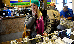 Tourists flock to Colorado for legal pot