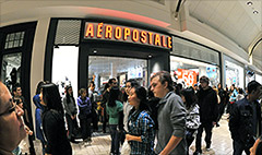 Aeropostale hires old CEO to save brand
