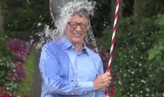 Tech CEOs take the #IceBucketChallenge