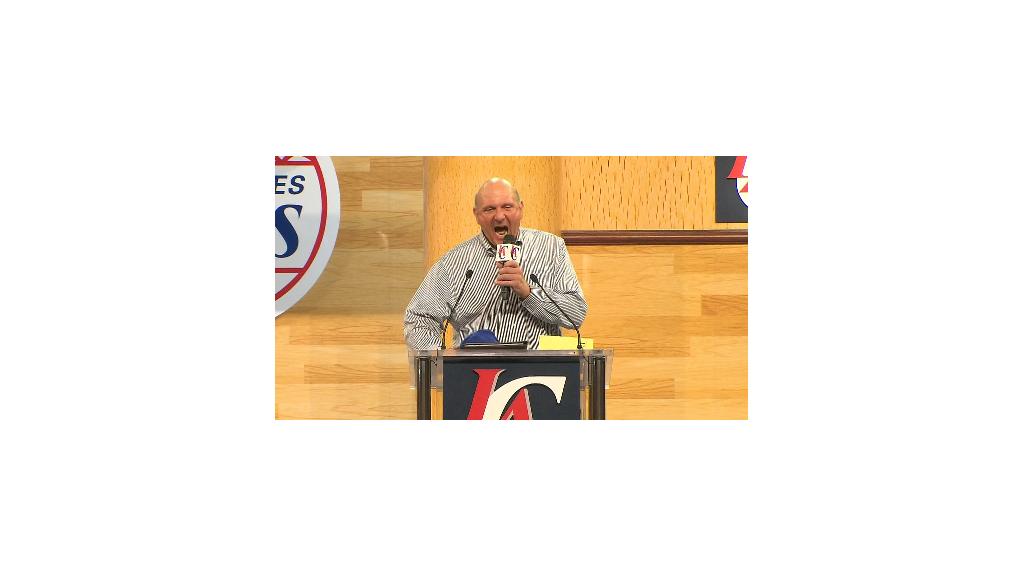 Wild Steve Ballmer revs up Clippers fans