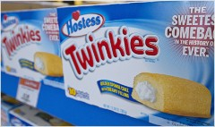 Twinkie bakery to close, putting 400 out of work