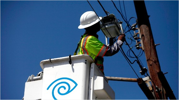 Charter announces plan to buy Time Warner Cable and Bright House