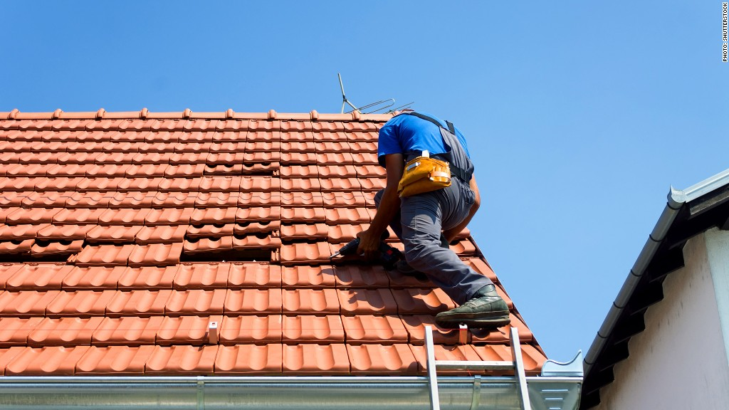 Roofers Americas most dangerous jobs CNNMoney