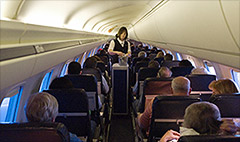 United offers attendants $100K to leave