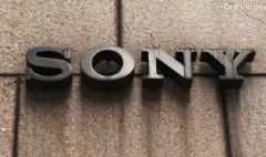 Sony smartphones sink the stock
