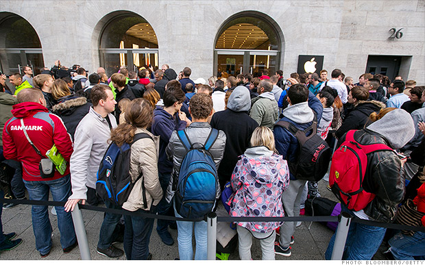 Lines for Apple's iPhone 6 are insane