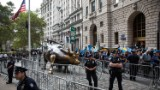 Raw Footage: Climate activists take Wall Street