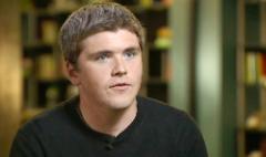 Apple, Twitter bet on billion-dollar startup