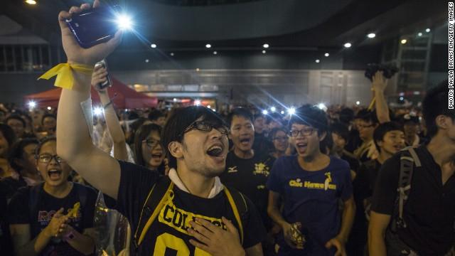 Una app ayuda a los manifestantes de Hong Kong a organizarse sin una red celular