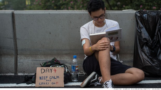 Hong Kong protesters are so freaking nice