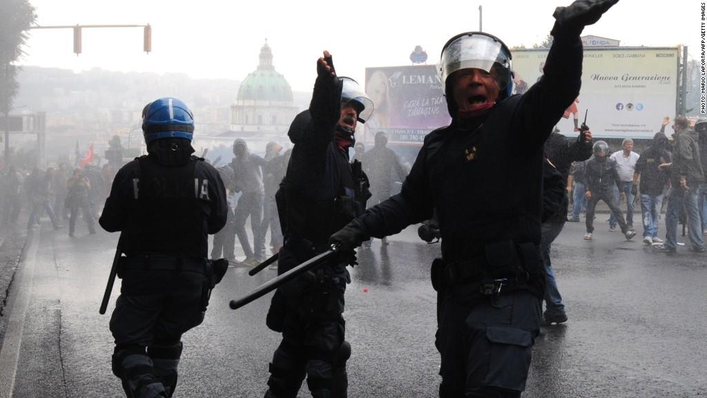 ecb naples protests