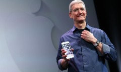 Apple profit soars on huge iPhone, Mac sales