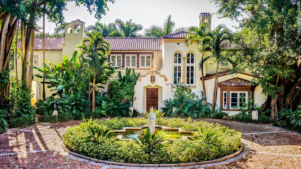 For 65 million you can buy miami 39 s most expensive home for Biggest house in miami