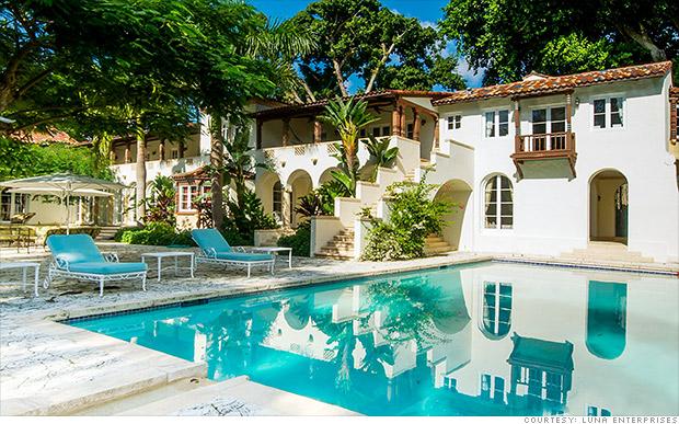 miami house pool